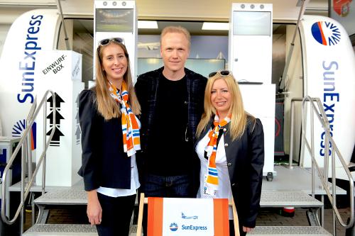 Für SunExpress bringen wir den Ball ins Rollen – und Urlaubsfeeling ins Stadion